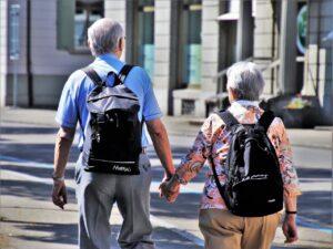 Deutsche werden älter als angenommen