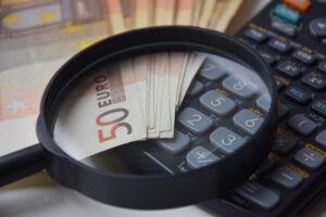 BaFin rät Bankkunden, Prämiensparpläne zu überprüfen