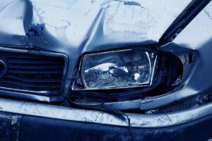 Wie lange müssen Autofahrer nach einem Unfall auf die Polizei warten?